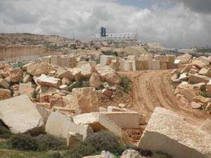 Verlassener Steinbruch in Beit Fajjar