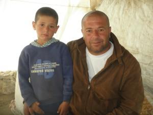 Mahmoud Abu Qbeita und sein jüngster Sohn