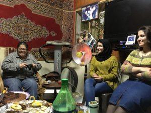 Jihad (links) und zwei der Töchter; © EAPPI