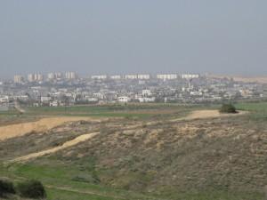 Blick von Sderot auf Gaza (Foto EAPPI)