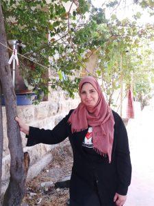 Nisreen in ihrem Garten in Tel Rumeida, © EAPPI