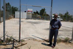 """Jüngstes Objekt einer israelischen """"Demolition Order"""" – das neu errichtete Spielfeld für die Bewohner von Nabi Samwil. Foto © EAPPI"""
