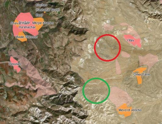 Ras Ein al Auja (roter Kreis) und Al Muarrajat East (grüner Kreis) liegen zwischen Siedlungen (rosa) und Außenposten (orange) nördlich von Jericho; Kartenausschnitt © PeaceNow interactive map