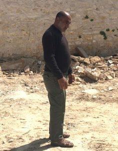 Raeds Vater steht schon zum zweiten Mal vor den Trümmern seiner Existenz; ©EAPPI